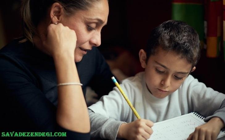 والدین و تکلیف درسی